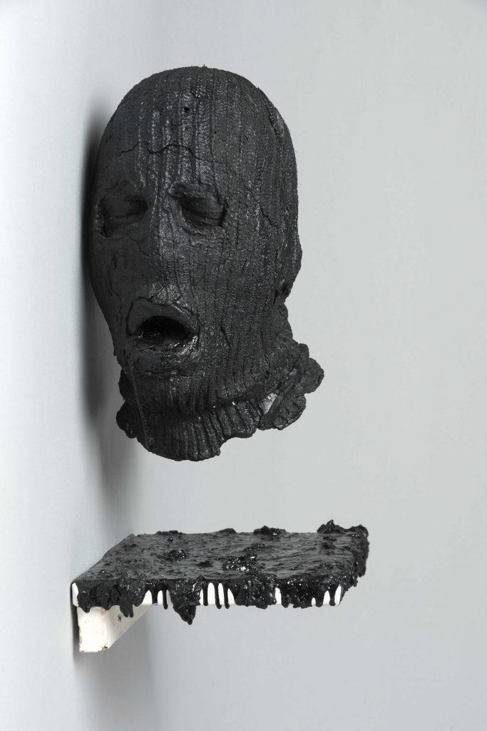 Una gran mancha negra (2011) Giancarlo Scaglia - Foto Jorge Brantmayer BAJA