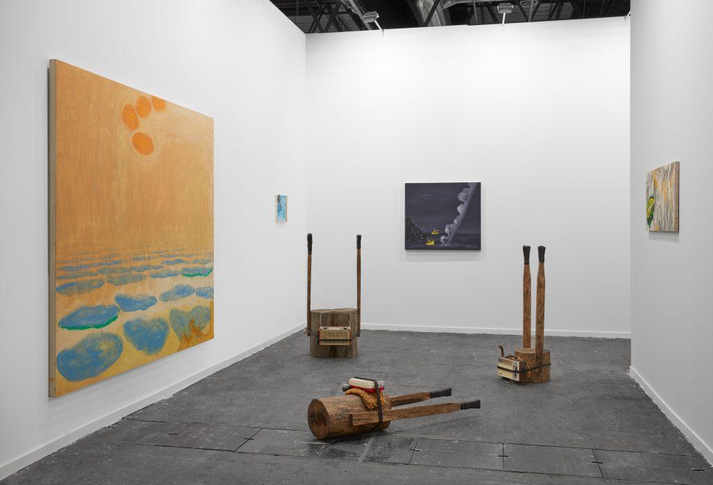 Adrián Balseca y Enzo Cucchi. Galería Madragoa. ARCO Madrid 2020. Imagen Cortesía del artista.